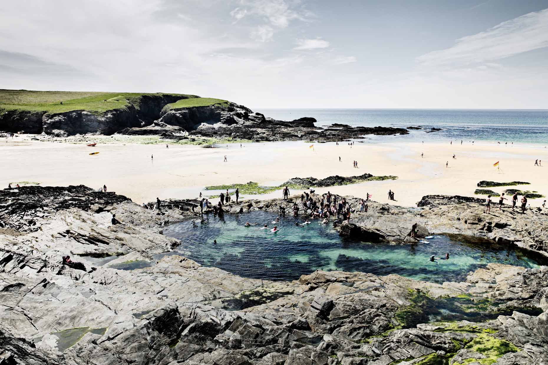 england | treyarnon  treyarnon rock pool tidal pools